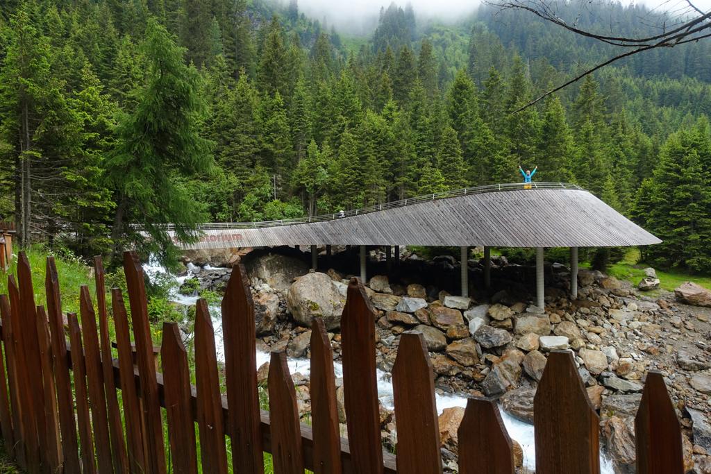Plattform Grawa Wasserfall Stubai