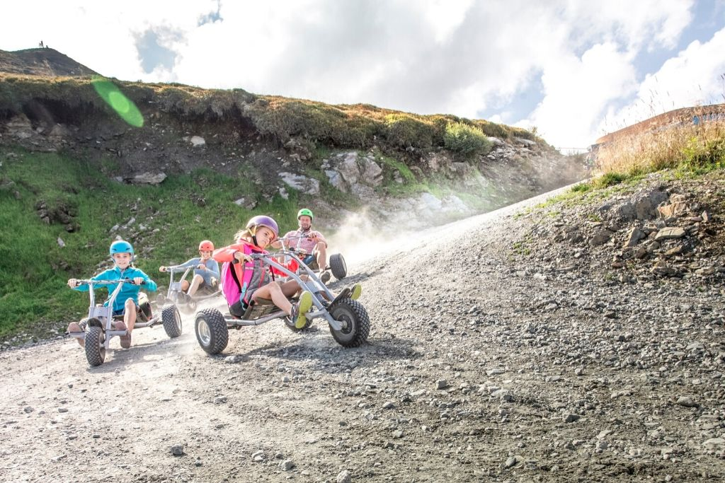 Downhill mit dem Mountaincart