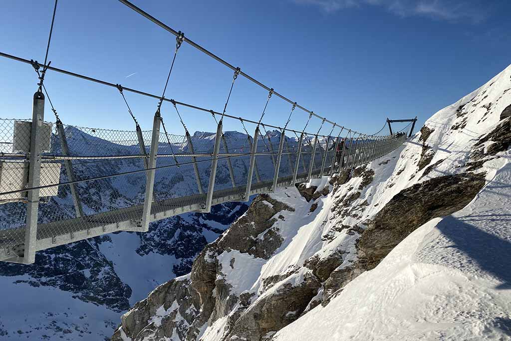 CLiff Walk Titlis