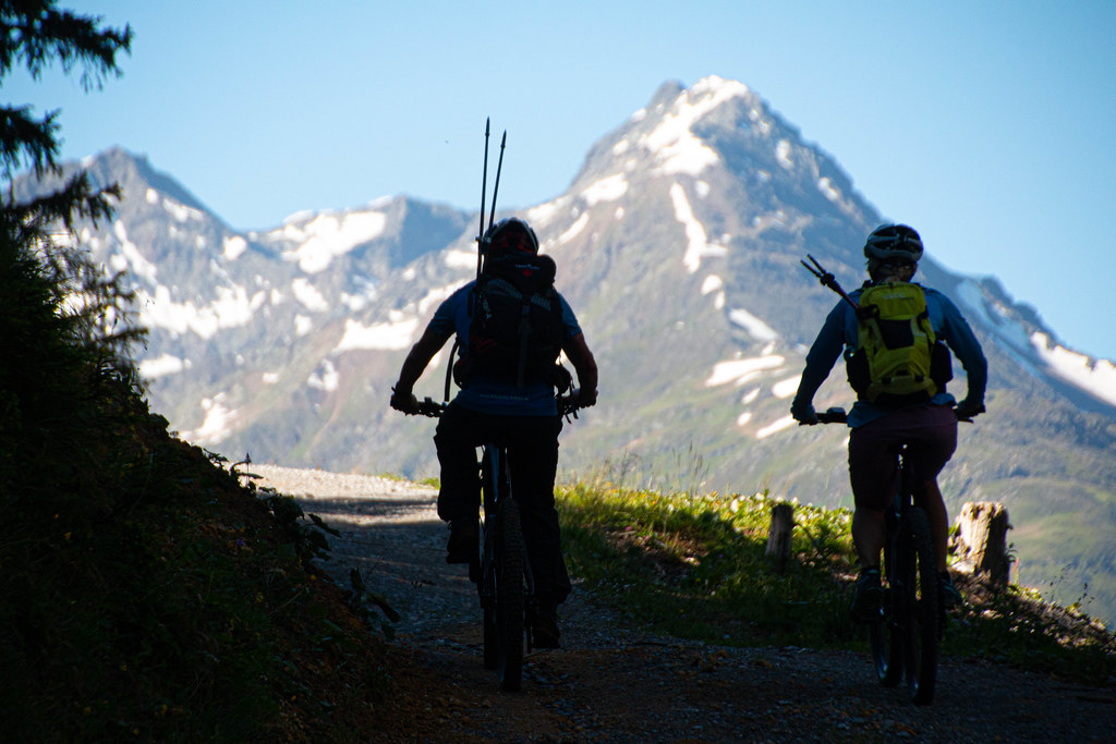 E-biken in St. Anton am Arlberg