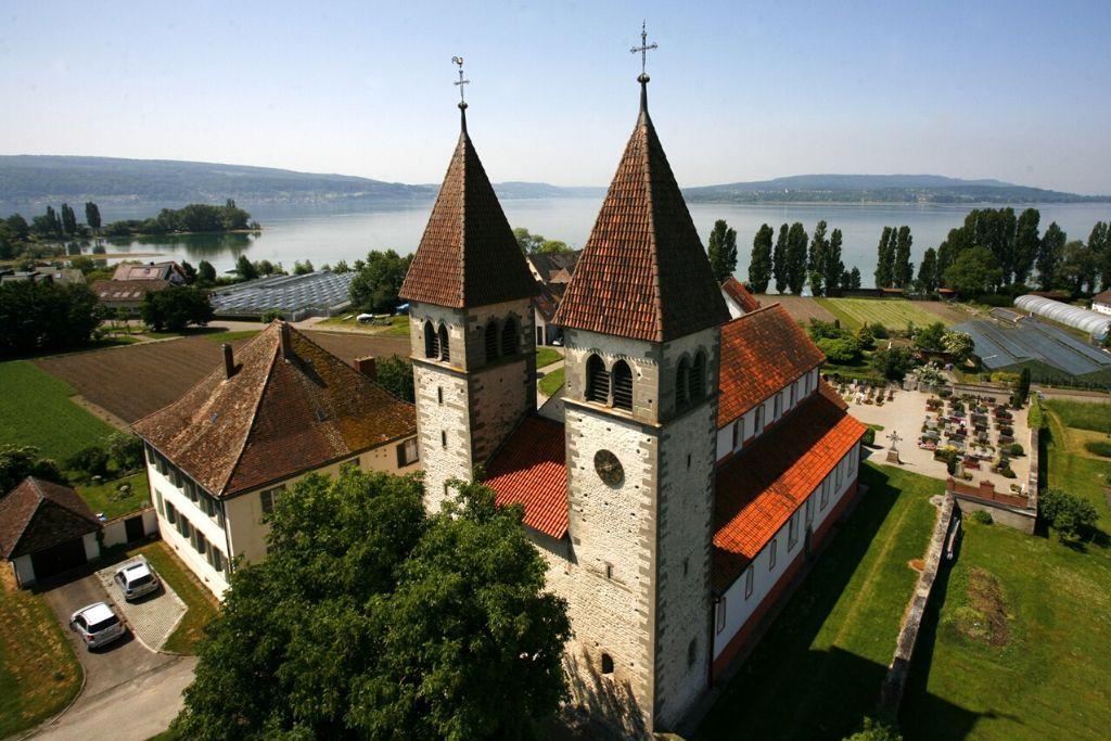 Klosterkirche auf Insel Reichenau im Bodensee